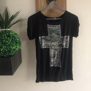 Camouflage cross T-shirt